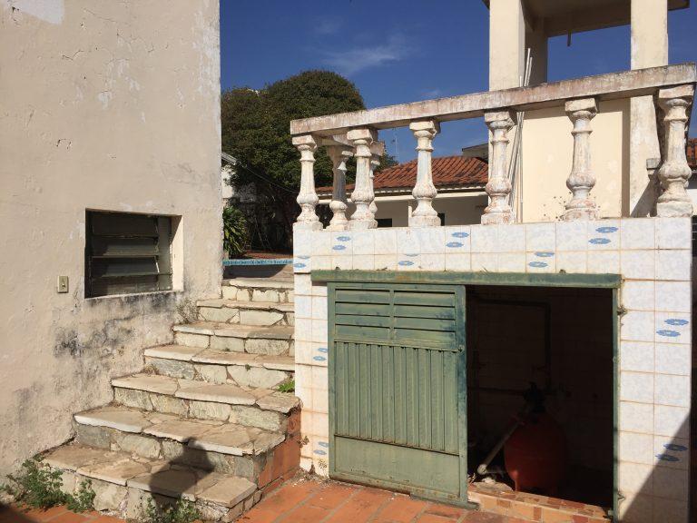 """*** VENDIDO *** Residência em alvenaria com excelente localização """"Vila Cicma, área central"""""""